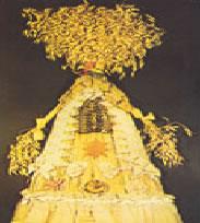 """Outra boneca. Feita de trigo. Para garantir as boas colheitas!: """"Os semelhantes se atraem""""!"""